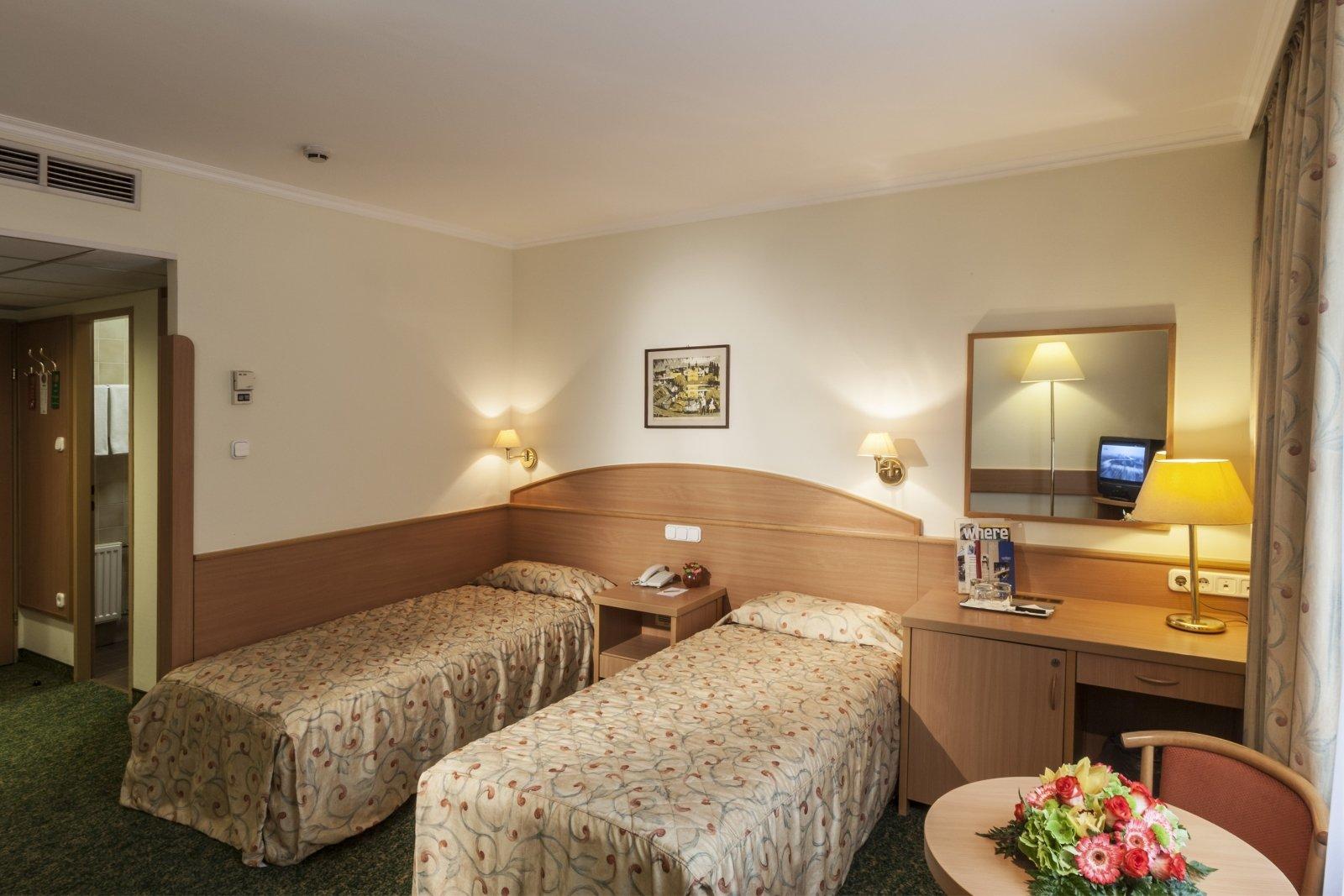 R servation de chambre budapest chambre d 39 h tel for Reservation de chambre
