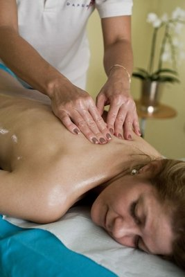 Massages - Danubius+Health+Spa+Resort+S%C3%A1rv%C3%A1r - hotel S%C3%A1rv%C3%A1r